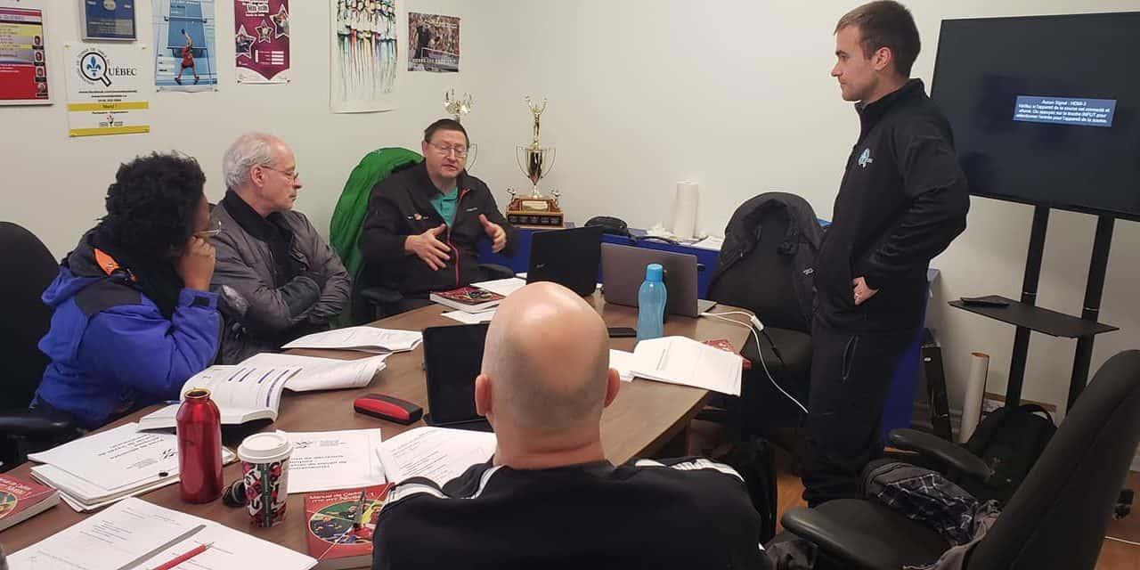 Développement des entraîneurs – Les provinces se rassemblent